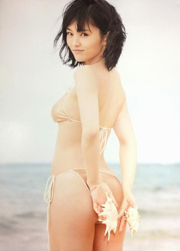 山本彩 水着エロ画像60枚 美乳とプリケツ抜き過ぎ注意a010.jpg