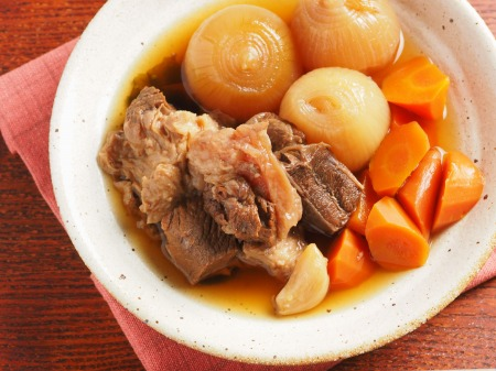 牛すじ肉の肉じゃが煮22