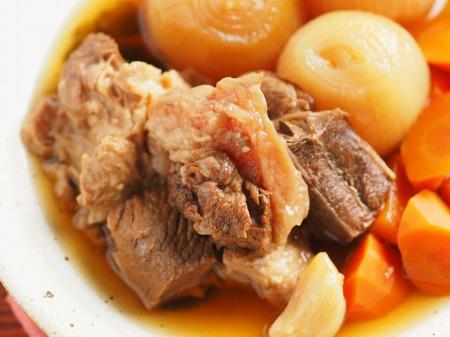 牛すじ肉の肉じゃが煮29