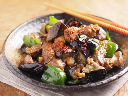 鶏レバーと茄子のマヨ味噌炒09