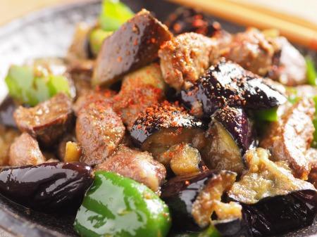 鶏レバーと茄子のマヨ味噌炒15