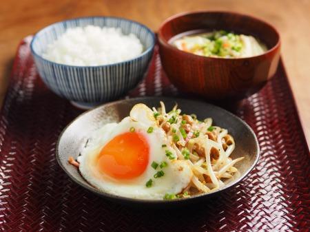 もやし納豆小松菜味噌汁20