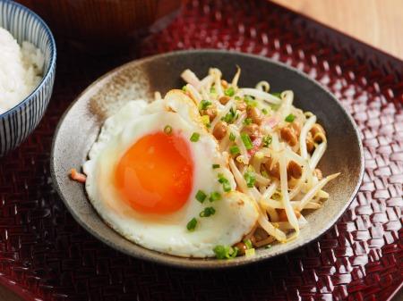 もやし納豆小松菜味噌汁22