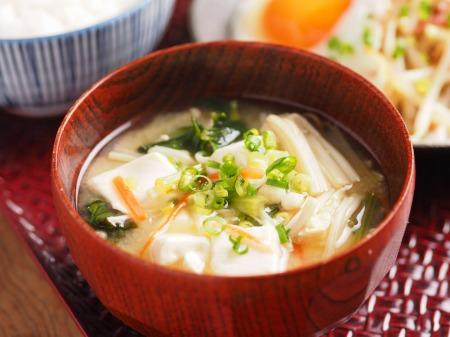 もやし納豆小松菜味噌汁09