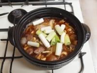 鶏レバーと鶏皮のすき焼き鍋83