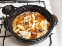 鶏レバーと鶏皮のすき焼き鍋79