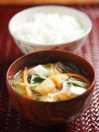 小松菜の具沢山味噌汁22