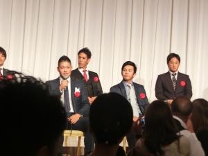 本当にいきなりトーク開始でした(^^)