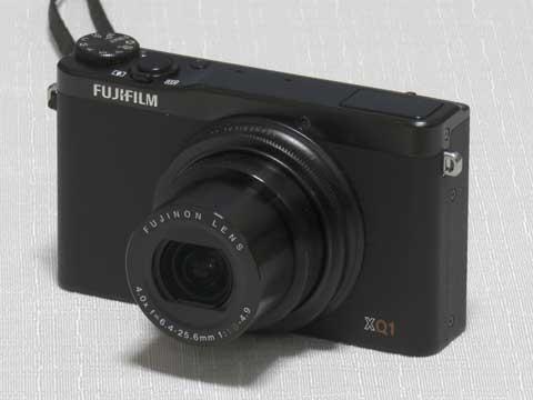 FUJIFILM XQ1(撮影:PowerShot SX710 HS)