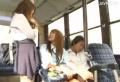 ギャルJK2人組が暇つぶしにバスで男を漁る