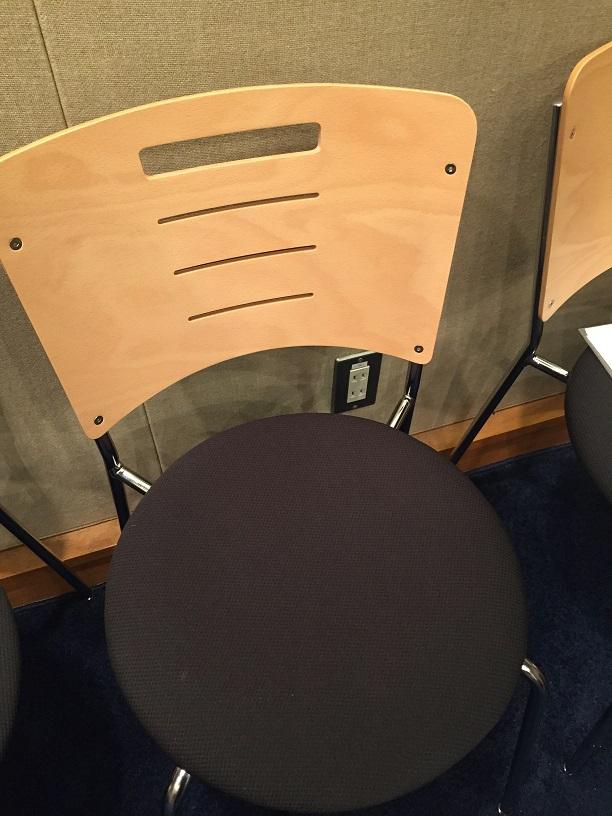 中澤まさともさん椅子