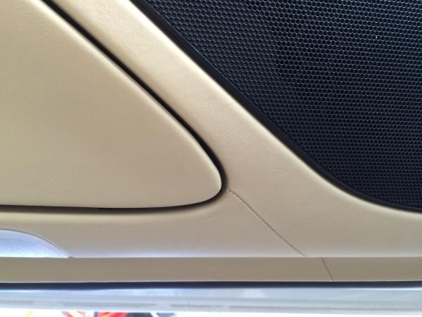 ドアトリム 傷補修 ベンツSL65 AMG