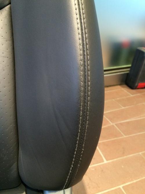 レザーシート ひび割れ、傷補修 ポルシェ997