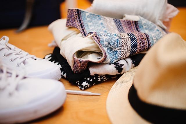 clothes-922988_640 (1)