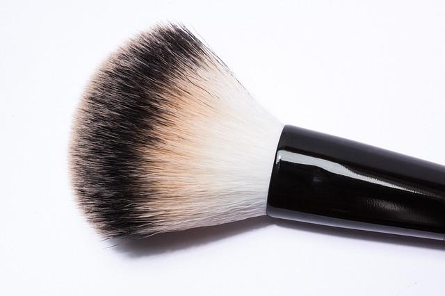 brush-259180_640.jpg