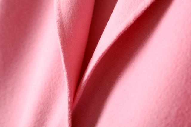 clothing-977405_640.jpg