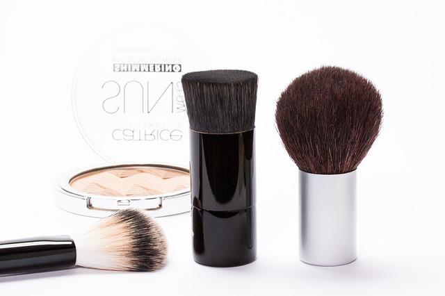 cosmetics-259181_640.jpg