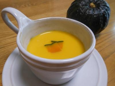 U_studiomomsaかぼちゃスープ