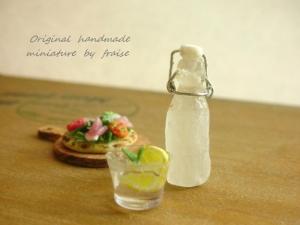 ソーダ瓶1