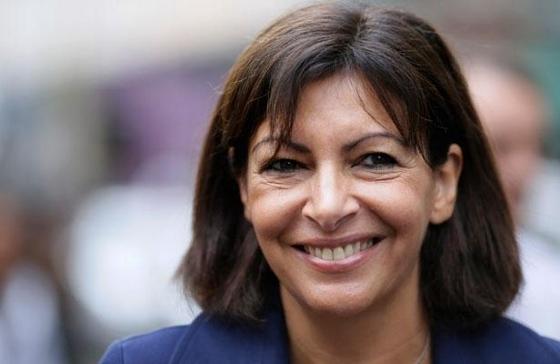 パリ市長アンヌ・イダルゴ