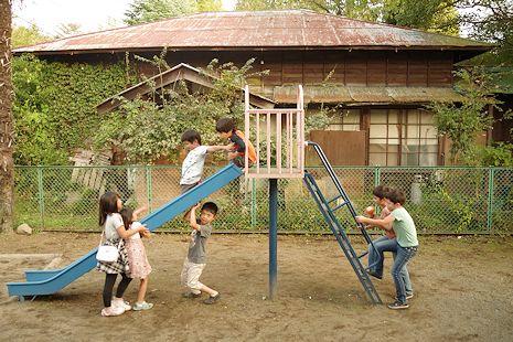 児童館の庭