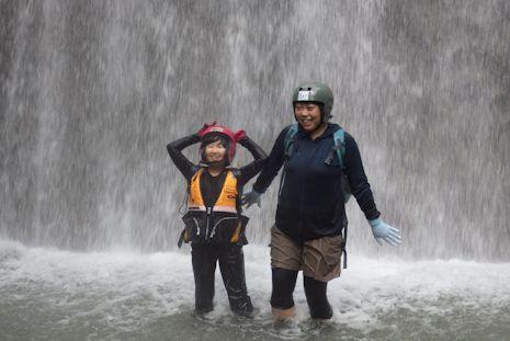 天然水のシャワー