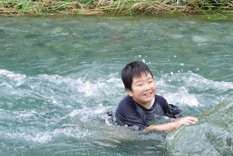 川遊び寄沢1