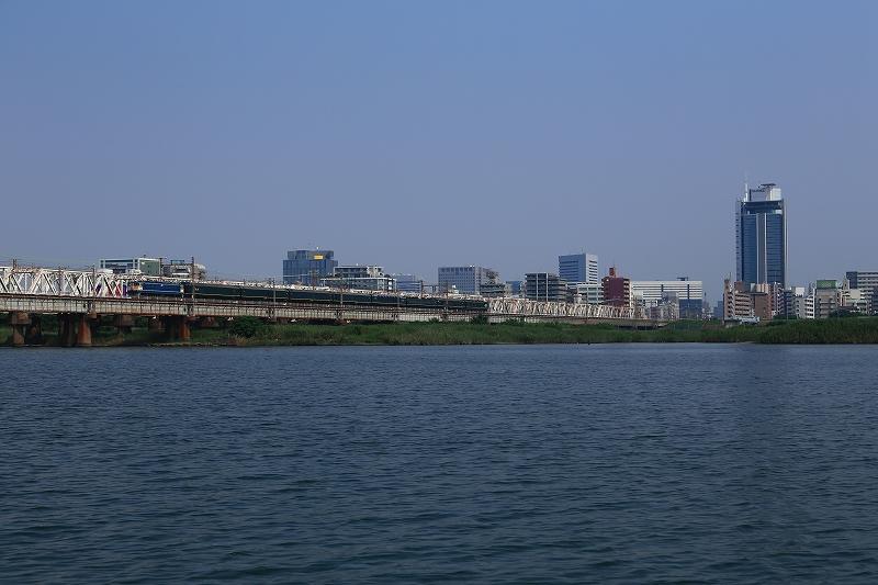 淀川 サイド