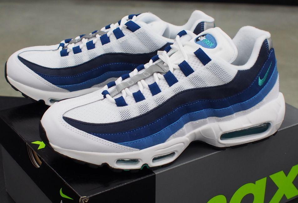 NIKE-AIR-MAX-95-OG-BLUE-GRADATION.jpg