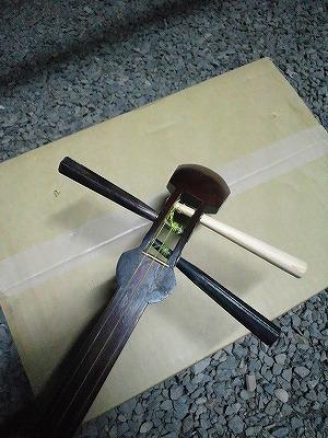 胡弓 糸巻き修理 (7)