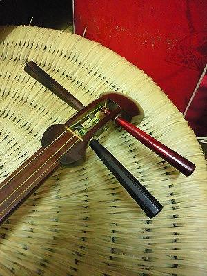 胡弓 糸巻き修理 (9)