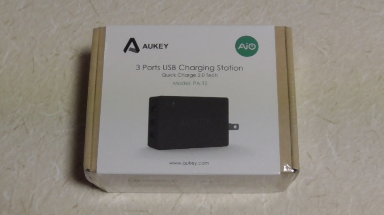 Aukeyの3ポート内蔵急速充電器5