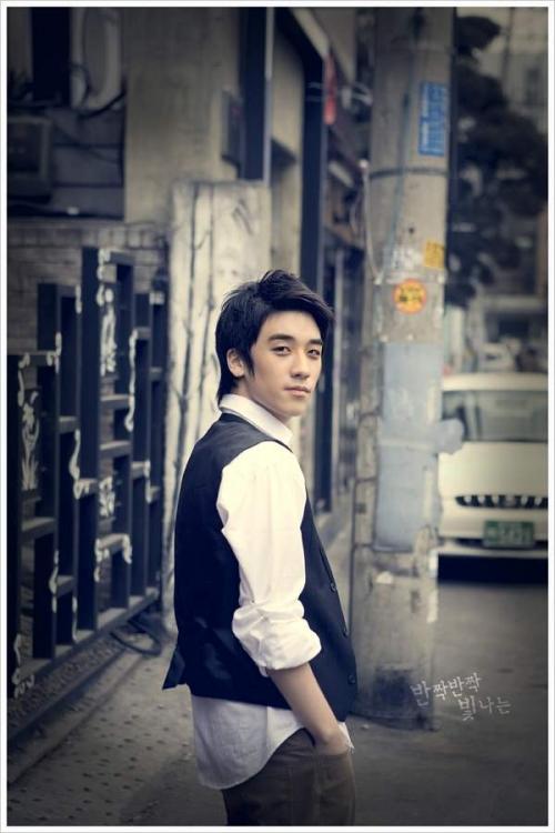 Seung_Ri_25.jpg