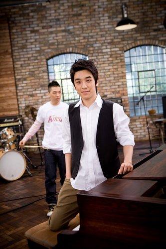 Seung_Ri_4.jpg