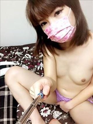ブラウニーサリ裸