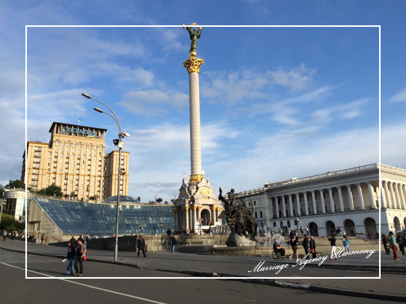 201505_Kiev_attendant_20.jpg