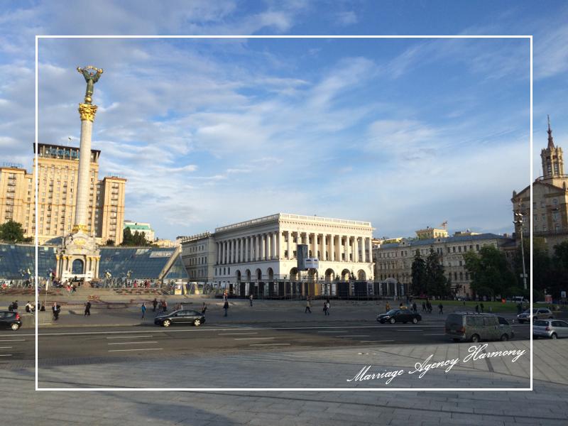 201505_Kiev_attendant_23.jpg