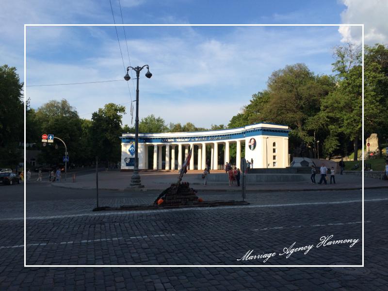 201505_Kiev_attendant_28.jpg