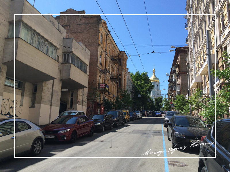 201505_Kiev_attendant_43.jpg