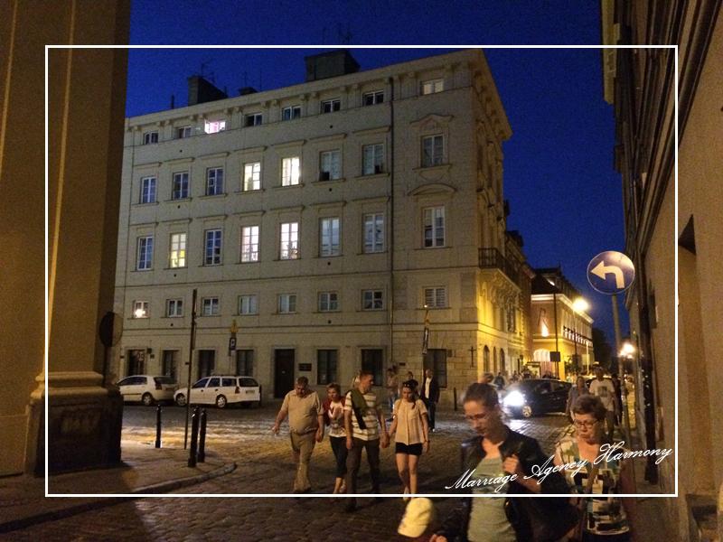 201505_Warsaw_attendant_12.jpg