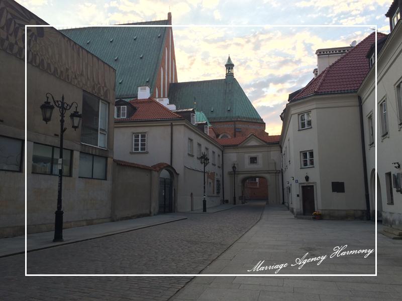 201505_Warsaw_attendant_78.jpg
