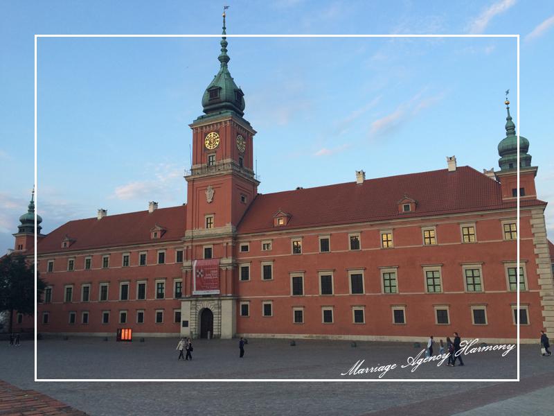 201505_Warsaw_attendant_80.jpg