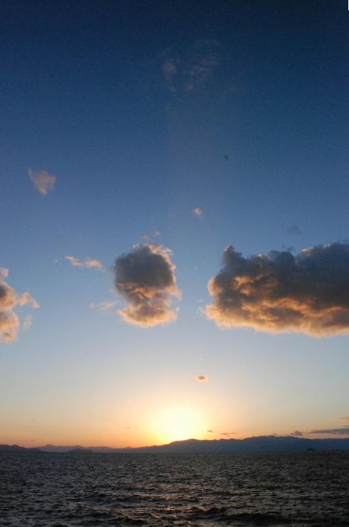 暮れなずむ琵琶湖