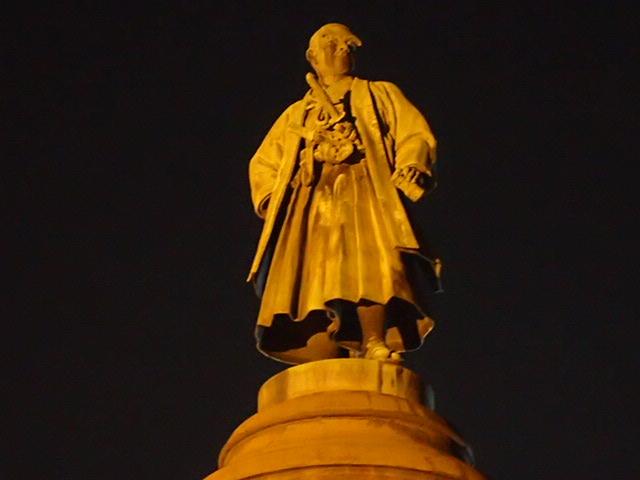 靖国神社夜 (3)