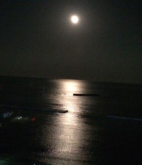 2015-9-28 super-moon - 3