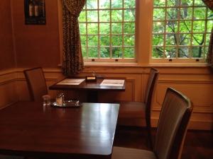 明治の館テーブル