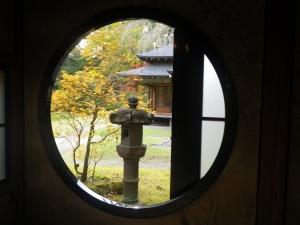 田母沢の丸窓