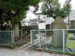 彰義隊墓所入口