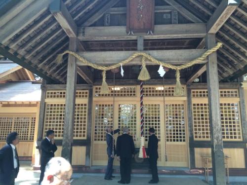梅戸新拝殿外2