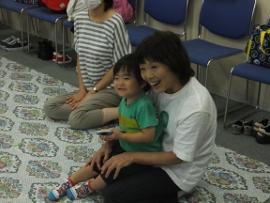 2015-09-07 いつひよ ベビーとママのヨガ&リズム体操 016 (270x203)